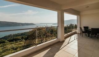 terras en balkon met zeezicht