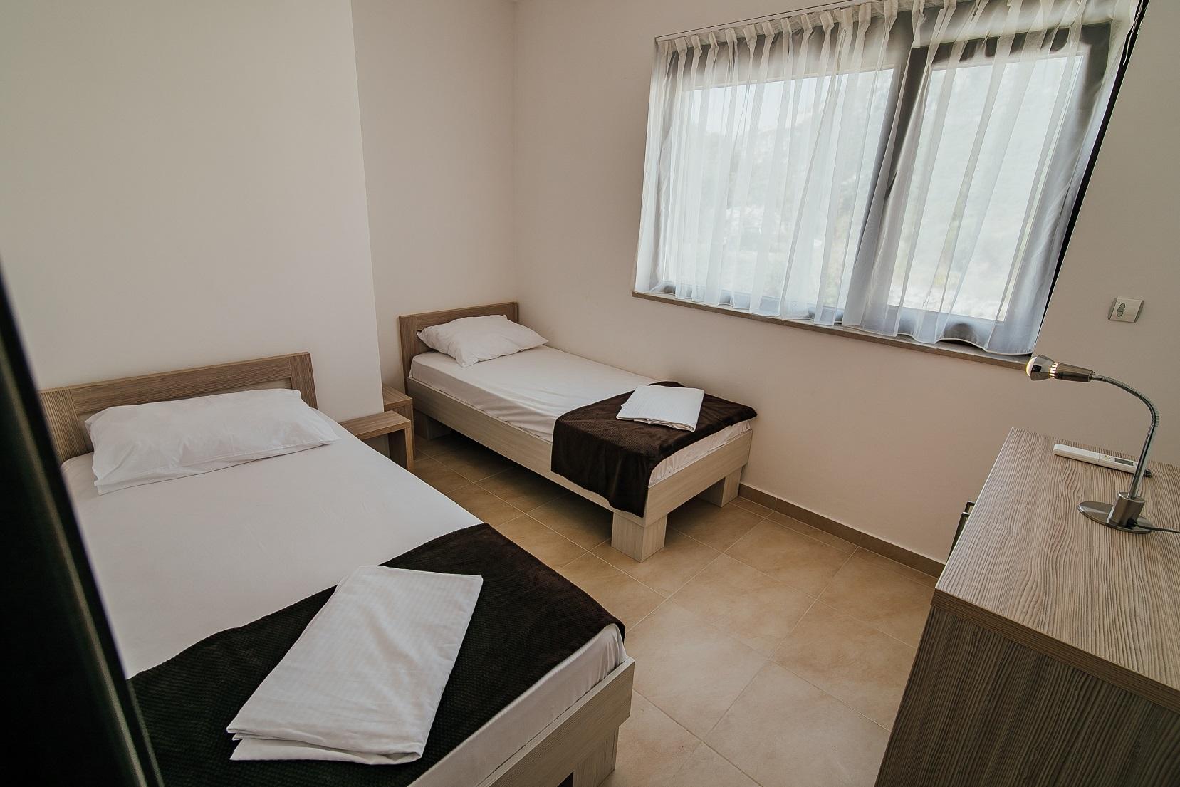 extra slaapkamer met 2 bedden